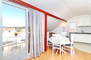 Vela Luka, Comedor in the apartment, air condition available y WiFi.