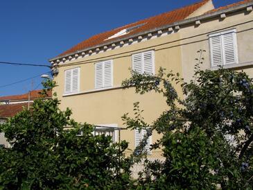 Vela Luka, Korčula, Property 4449 - Apartments near sea with pebble beach.