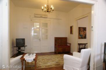 Living room    - A-4450-a