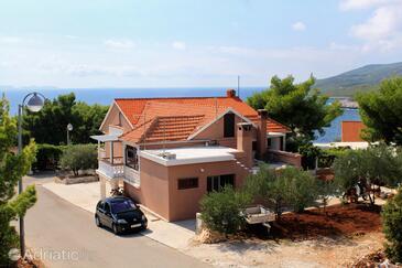Zavalatica, Korčula, Объект 4453 - Апартаменты с галечным пляжем.