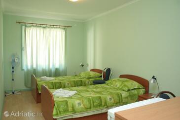 Prižba, Bedroom in the room, dopusteni kucni ljubimci.