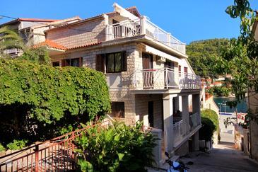Brna, Korčula, Property 4460 - Apartments by the sea.