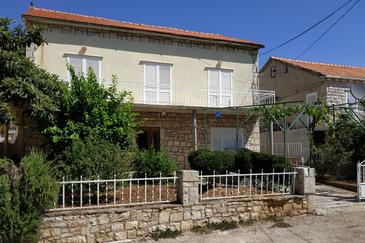 Brna, Korčula, Property 4468 - Apartments by the sea.