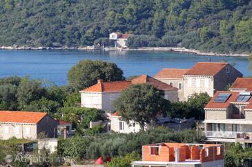 Lumbarda, Korčula, Property 4473 - Apartments with pebble beach.