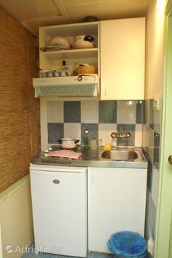 Korčula, Kitchen in the apartment.