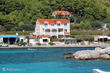 Prižba, Korčula, Объект 4485 - Апартаменты вблизи моря с галечным пляжем.