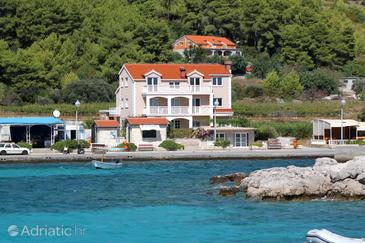 Prižba, Korčula, Property 4485 - Apartments near sea with pebble beach.