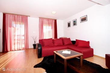 Gršćica, Living room in the apartment, dostupna klima, dopusteni kucni ljubimci i WIFI.