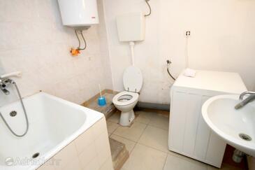 Bathroom 2   - K-4489