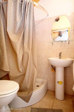 Bathroom 3   - K-4489