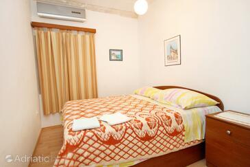 Bedroom    - K-4489