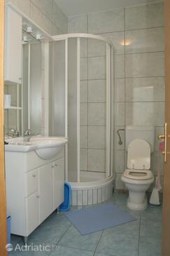Bathroom    - A-4494-b
