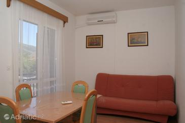 Orebić, Eetkamer in the apartment, air condition available en WiFi.