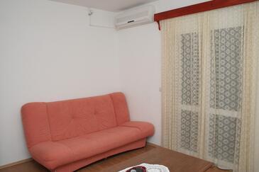 Orebić, Pokój dzienny w zakwaterowaniu typu apartment.