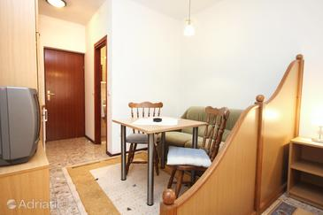 Orebić, Salle à manger dans l'hébergement en type studio-apartment, WiFi.