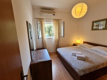 Bedroom    - A-4500-a