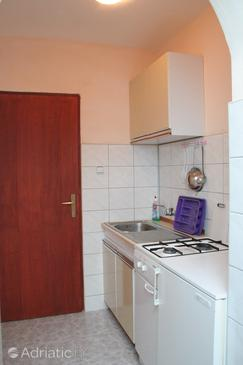 Orebić, Kitchen in the studio-apartment.
