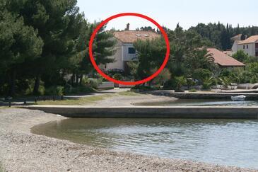 Lovište, Pelješac, Obiekt 4506 - Pokoje przy morzu ze żwirową plażą.