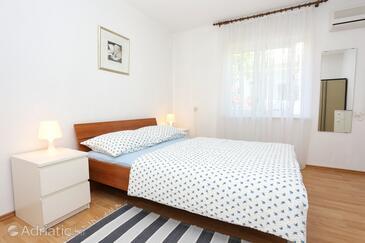 Bedroom    - A-4513-b