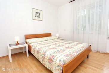 Bedroom    - A-4513-c