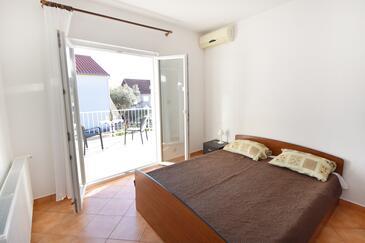 Orebić, Spálňa v ubytovacej jednotke room, dostupna klima, dopusteni kucni ljubimci i WIFI.