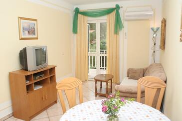 Orebić, Pokój dzienny w zakwaterowaniu typu apartment, air condition available i WiFi.
