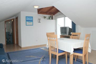 Orebić, Столовая в размещении типа apartment, доступный кондиционер и WiFi.