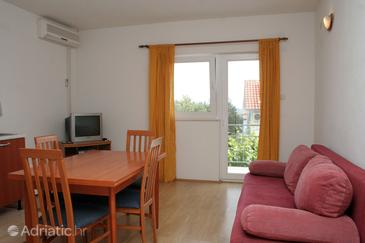 Orebić, Dining room in the apartment, air condition available and WiFi.
