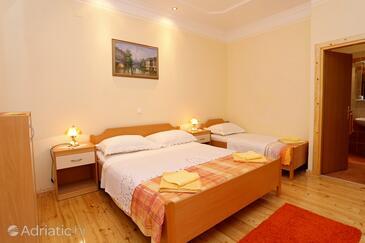Bedroom    - A-4527-b