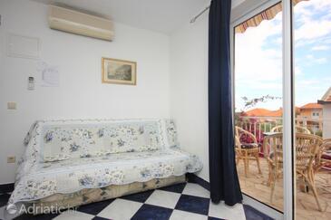 Kučište - Perna, Living room in the apartment, dostupna klima, dopusteni kucni ljubimci i WIFI.