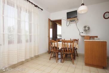 Sali, Столовая в размещении типа apartment, Домашние животные допускаются.