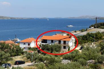 Sali, Dugi otok, Objekt 454 - Ubytování v blízkosti moře s oblázkovou pláží.
