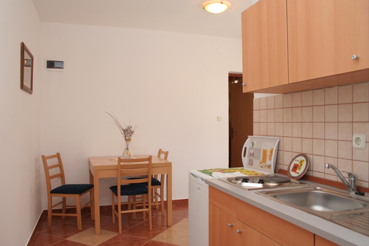 Ferienwohnung im Ort Kuiate - Perna (Peljeaac), Kapazität 2+2 (1013615), Kuciste, Insel Peljesac, Dalmatien, Kroatien, Bild 5