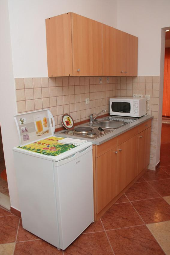 Ferienwohnung im Ort Kuiate - Perna (Peljeaac), Kapazität 2+2 (1013615), Kuciste, Insel Peljesac, Dalmatien, Kroatien, Bild 6