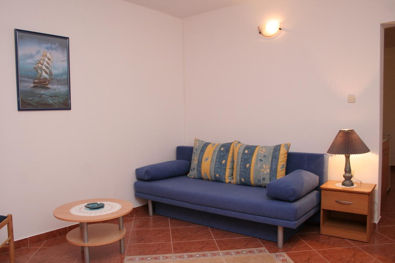 Ferienwohnung im Ort Kuiate - Perna (Peljeaac), Kapazität 2+2 (1013616), Kuciste, Insel Peljesac, Dalmatien, Kroatien, Bild 2
