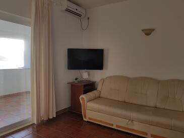 Kučište - Perna, Dnevna soba v nastanitvi vrste apartment, dostopna klima in WiFi.