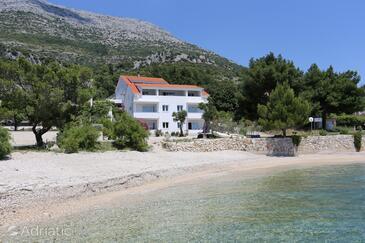 Kučište - Perna, Pelješac, Objekt 4545 - Ubytování v blízkosti moře s oblázkovou pláží.