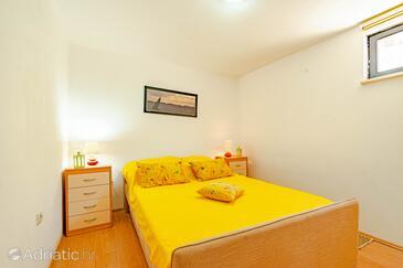 Bedroom    - A-4552-b