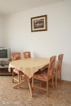 Orebić, Dining room in the apartment, dopusteni kucni ljubimci i WIFI.