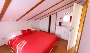Bedroom    - A-4554-d