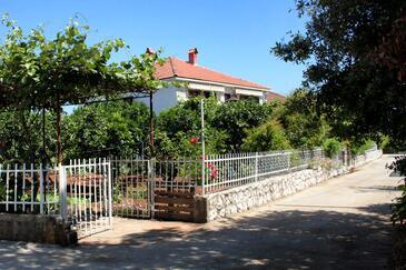 Sreser, Pelješac, Obiekt 4557 - Apartamenty przy morzu ze żwirową plażą.