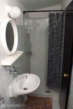 Bathroom 2   - A-4561-a