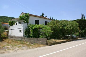 Drače, Pelješac, Obiekt 4561 - Apartamenty przy morzu ze żwirową plażą.