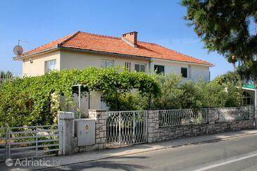 Orebić, Pelješac, Property 4562 - Apartments near sea with pebble beach.