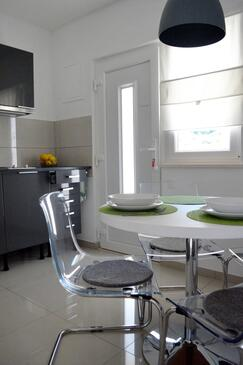 Orebić, Столовая в размещении типа studio-apartment, доступный кондиционер и WiFi.