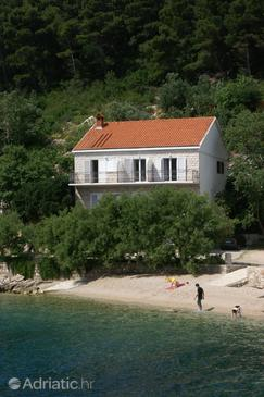 Trstenik, Pelješac, Property 4566 - Apartments and Rooms near sea with pebble beach.