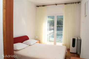 Trstenik, Bedroom in the room, air condition available and WiFi.