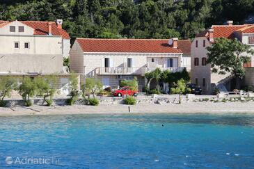 Trstenik, Pelješac, Property 4570 - Apartments near sea with pebble beach.