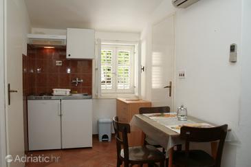 Trstenik, Dining room in the apartment.