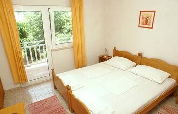 Žuljana, Spálňa v ubytovacej jednotke room, domáci miláčikovia povolení a WiFi.